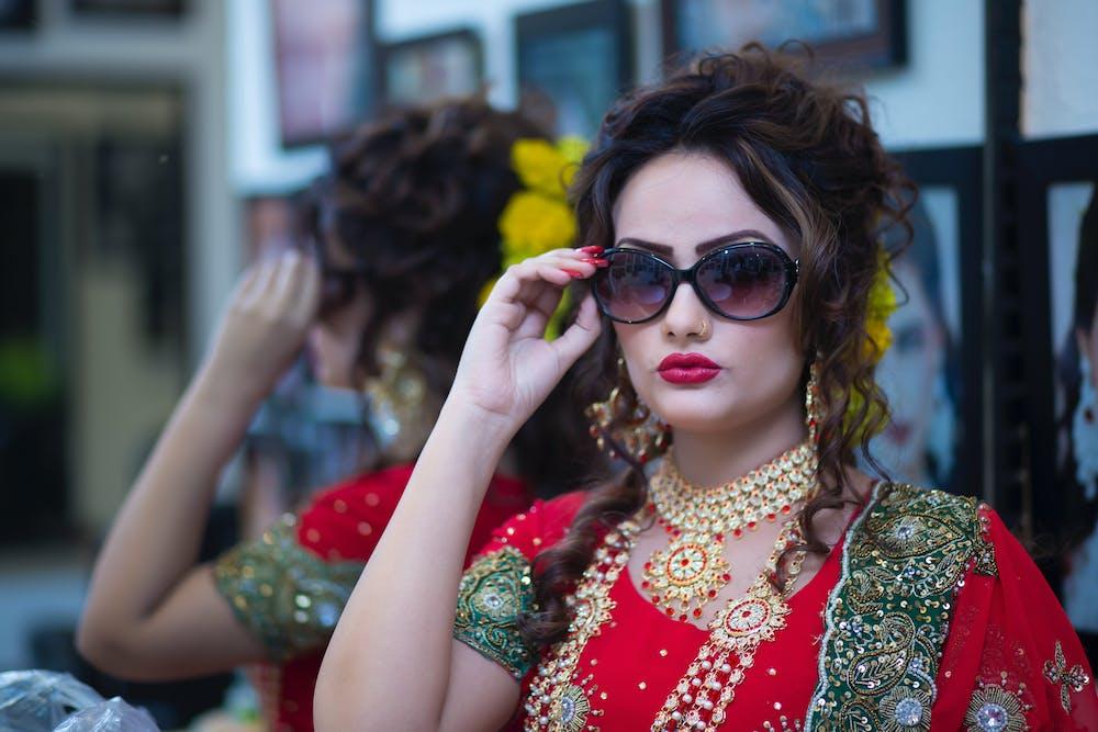 Indian Girl in Glasses @pexels.com