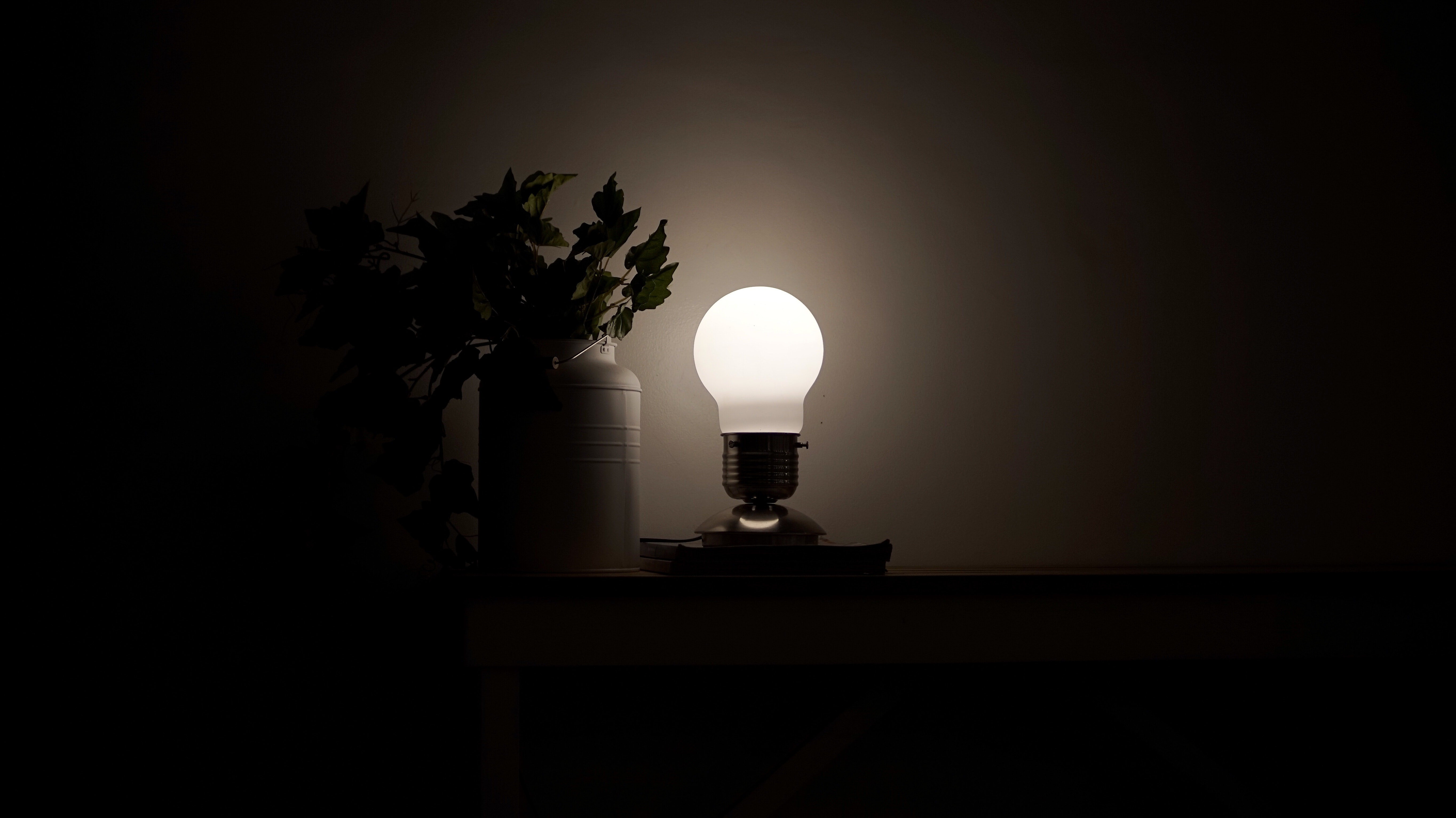 Free stock photo of Bulb lamp, desk lamp, lamp