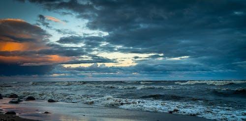 Foto d'estoc gratuïta de acomiadar-se, aigua, alba, horitzó