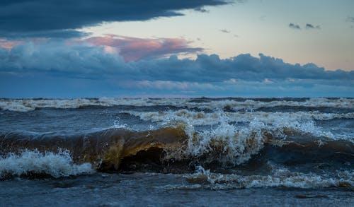Fotobanka sbezplatnými fotkami na tému exteriéry, horizont, krajina pri mori, kývať