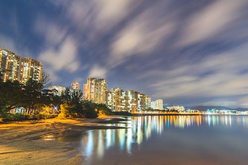 Бесплатное стоковое фото с архитектура, вода, горизонт, город