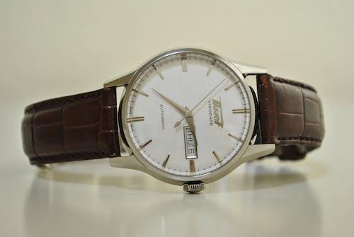 Free stock photo of Analog watch, Analogue, automatic, classic watch