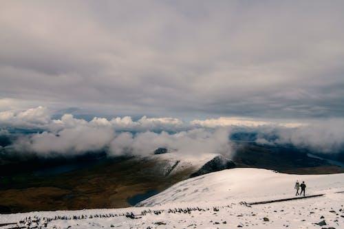 Безкоштовне стокове фото на тему «гора, засніжена гора, застуда, зима»
