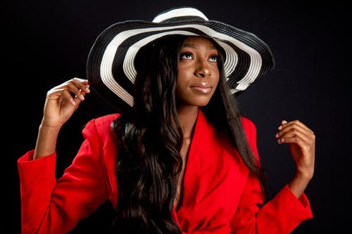 Gratis arkivbilde med afrikansk-amerikansk kvinne, attraktiv, bredbrede lue, bruke