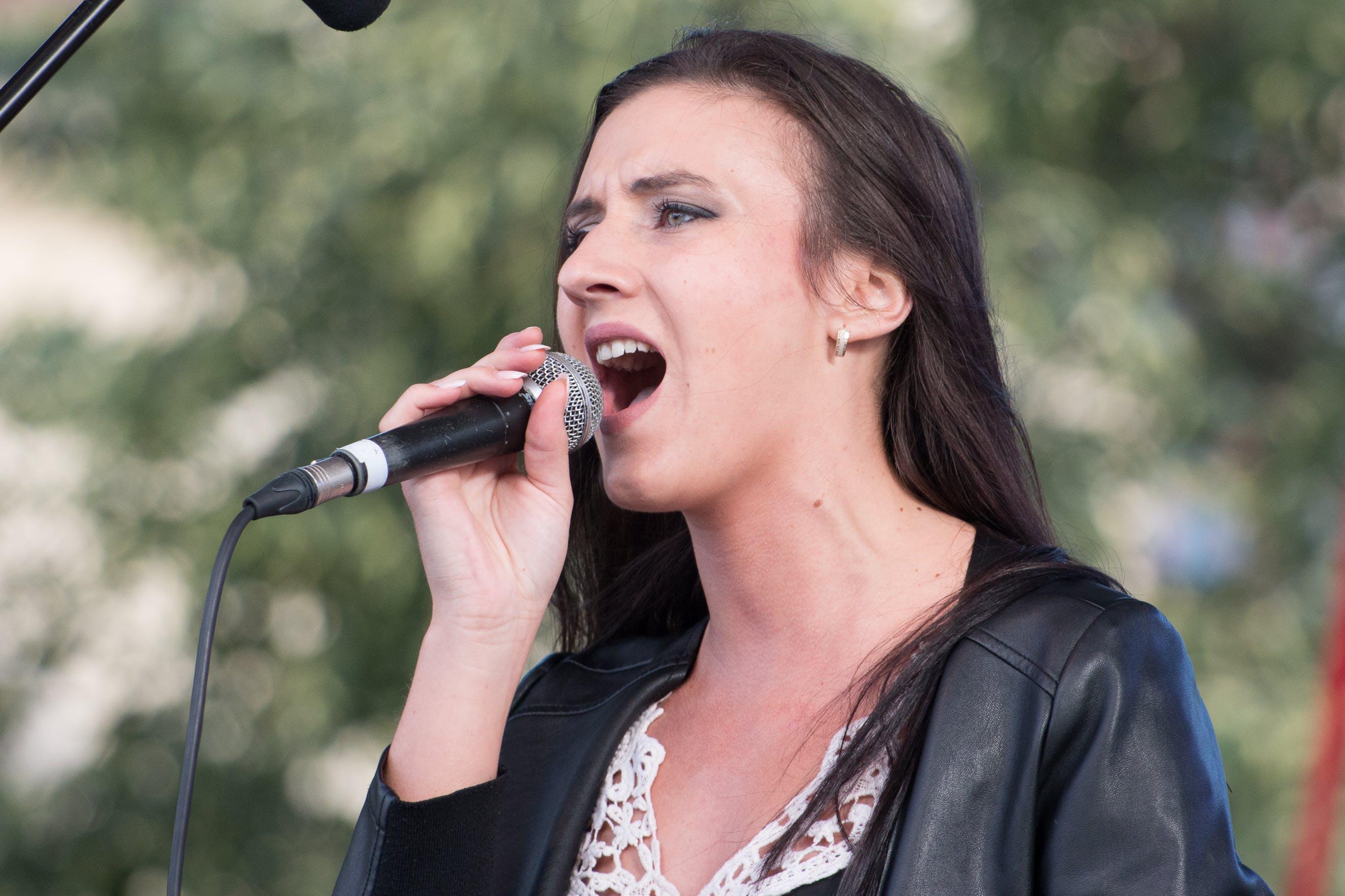 Free stock photo of singer