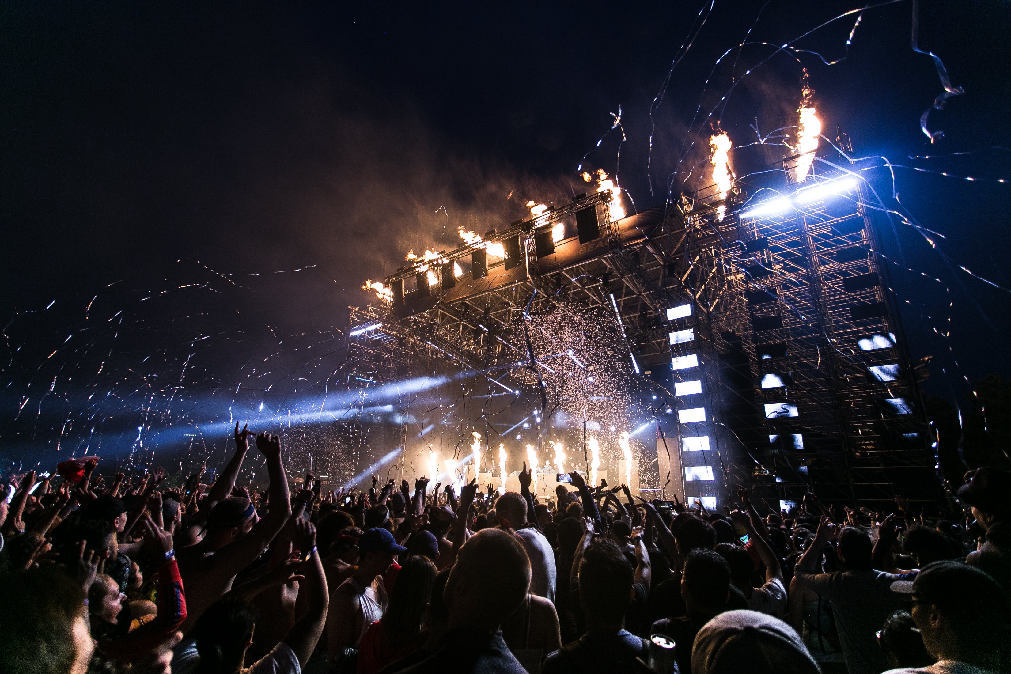 Top Unique New Years Eve Ideas and Concerts