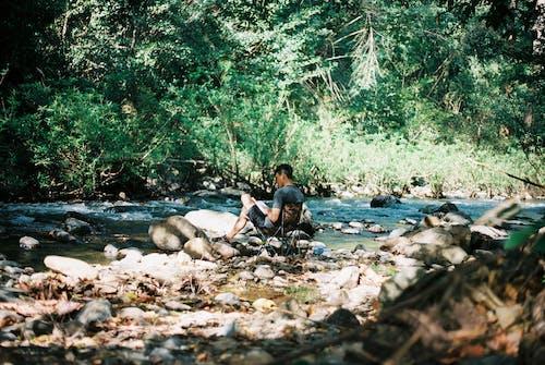 人, 娛樂, 小河, 岩石 的 免費圖庫相片