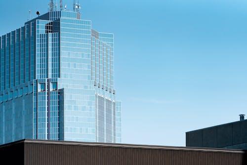 Foto profissional grátis de alto, aparência, arquitetura, azul