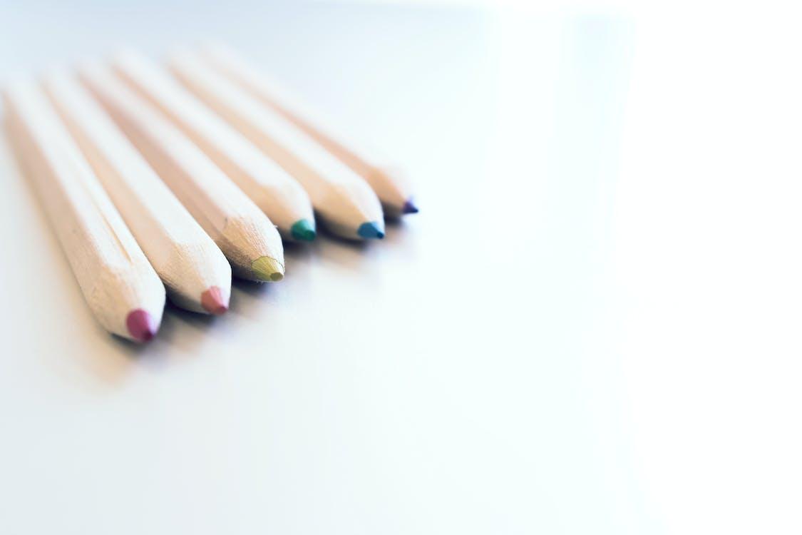 színek, színes ceruzák