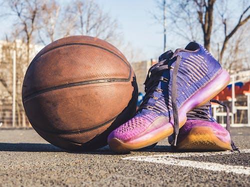 Fotos de stock gratuitas de baloncesto, bola, calzado, concentrarse