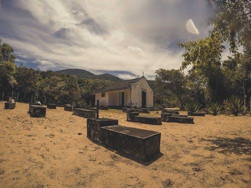 Základová fotografie zdarma na téma cemiterio, církev, hřbitov, igreja