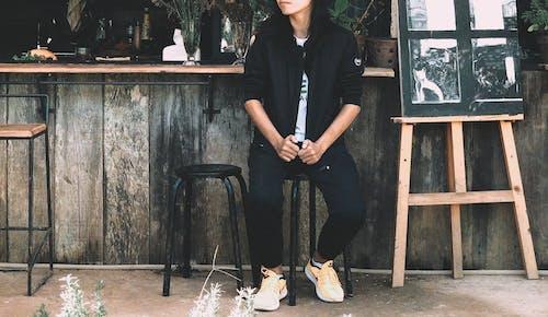 Безкоштовне стокове фото на тему «взуття, колір, мода, носити»