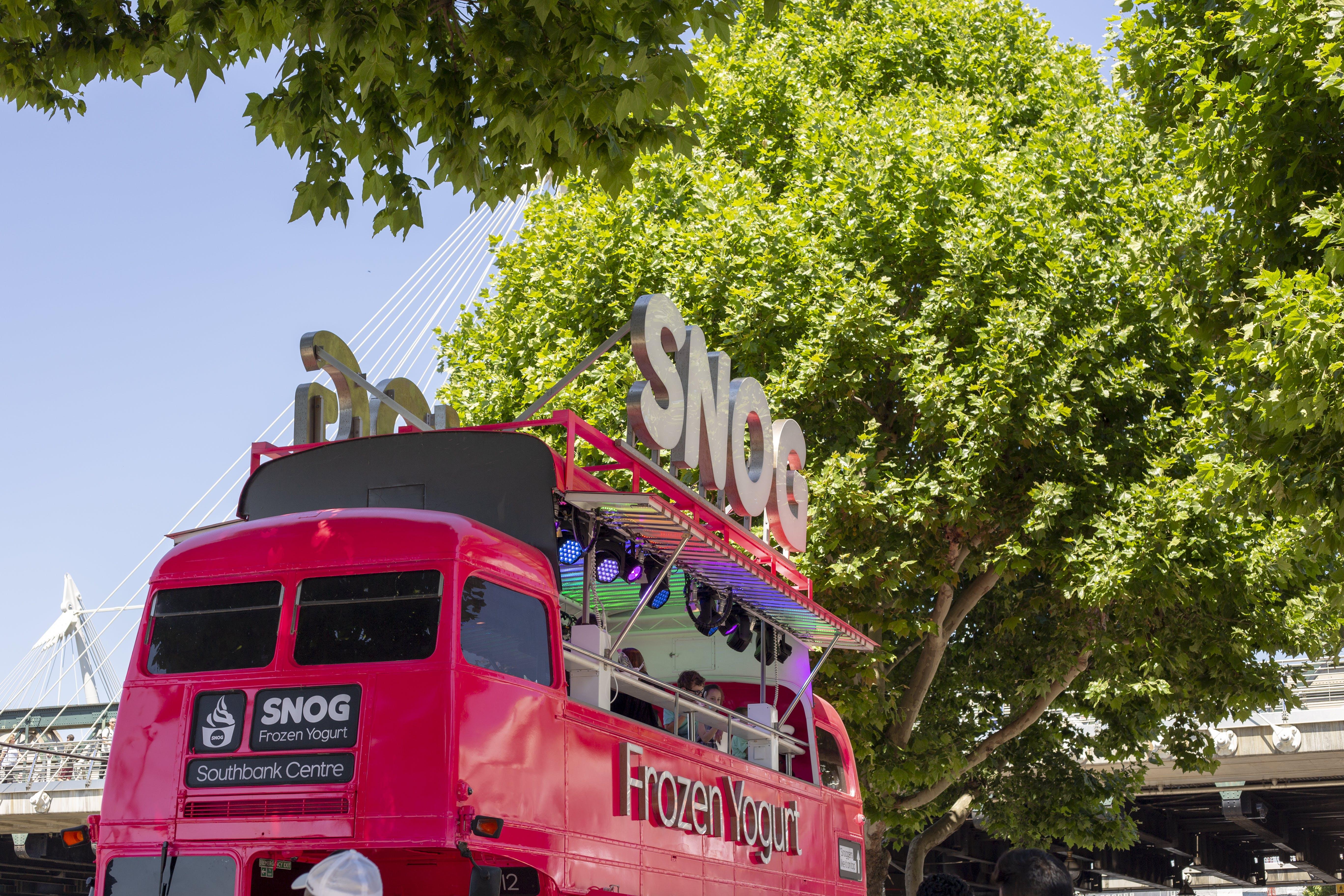 Free stock photo of blue sky, blueskies, bright pink, business