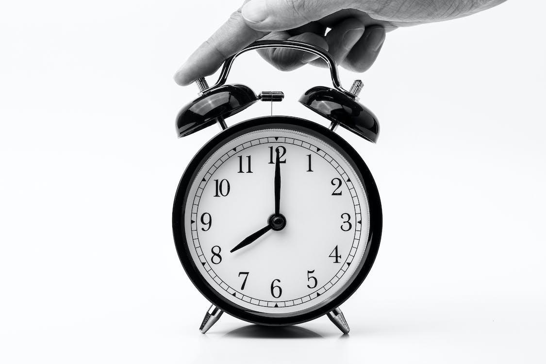 8 uhr, analogon, countdown