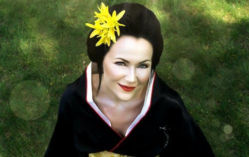 Free stock photo of flowers, geisha, grass, japan
