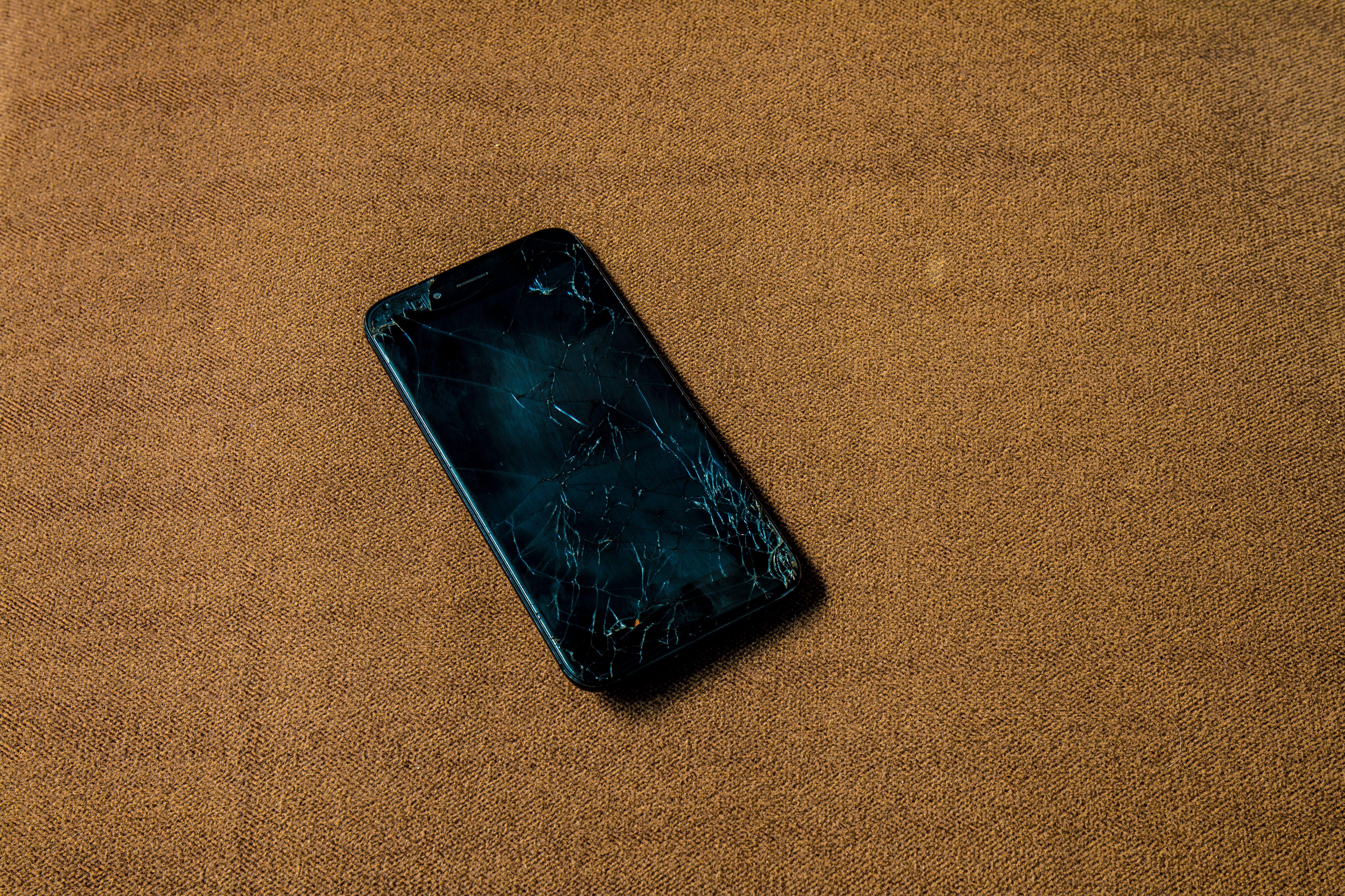 Free stock photo of black, broken, broken phone, phone