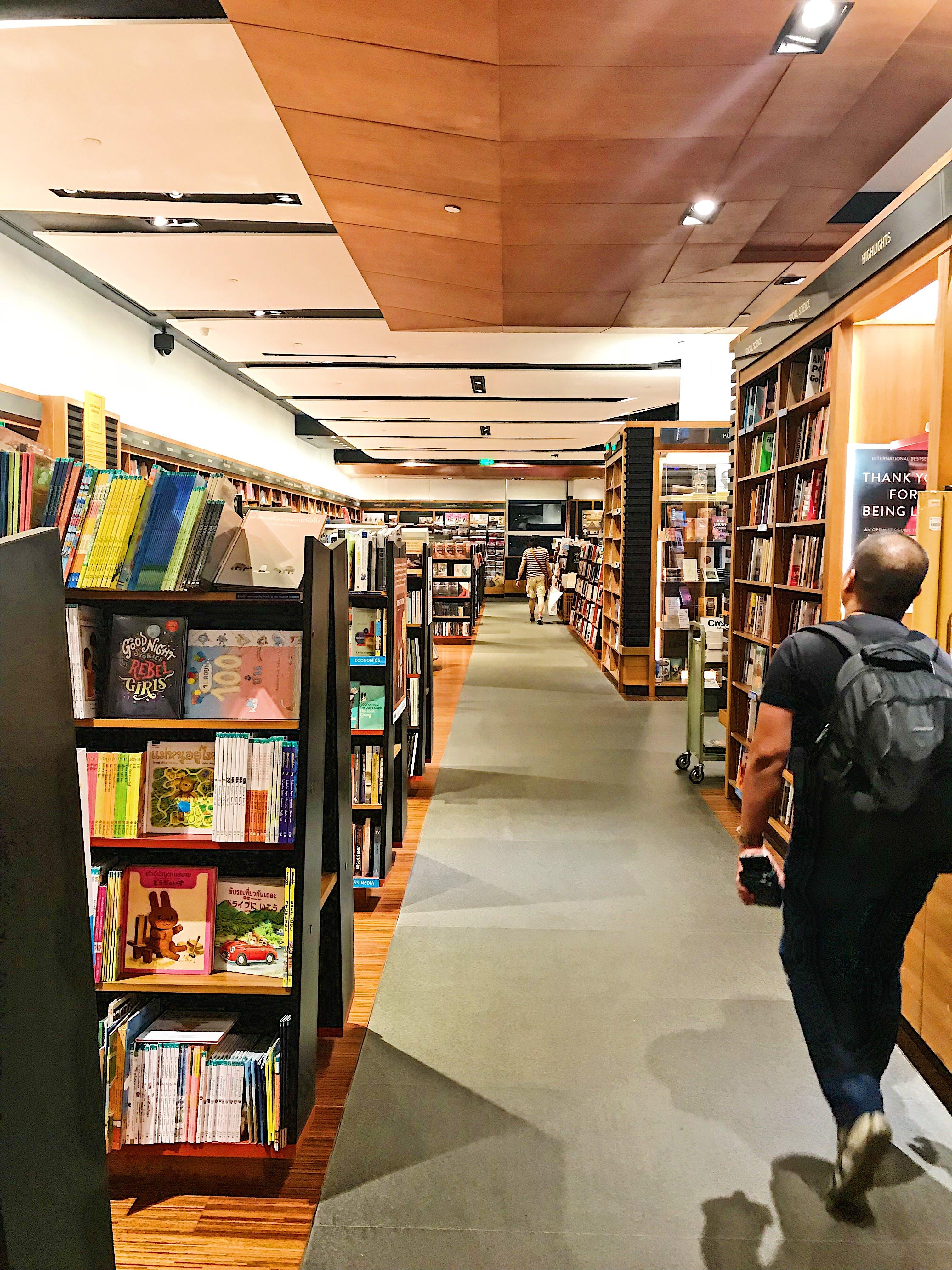 Free stock photo of books, bookshelf, bookshelves, bookshop