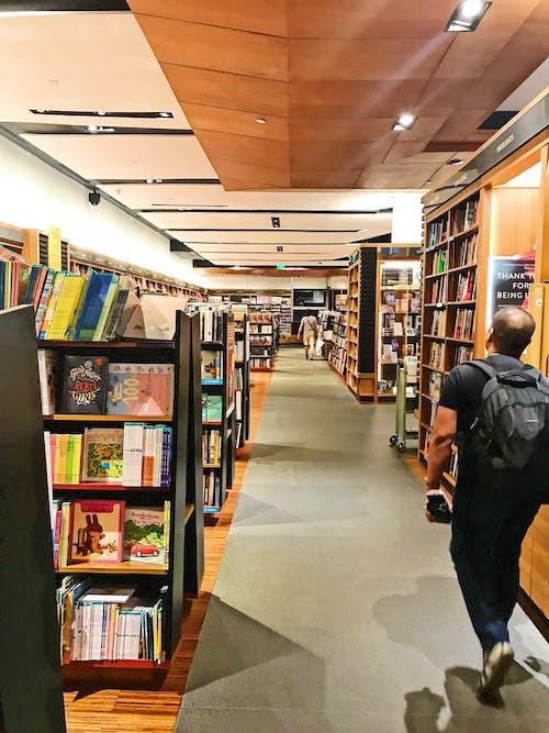 商店, 圖書, 書店, 書架 的 免费素材照片