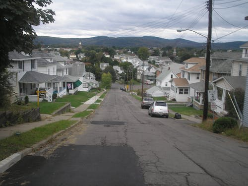 Free stock photo of Street on Hill