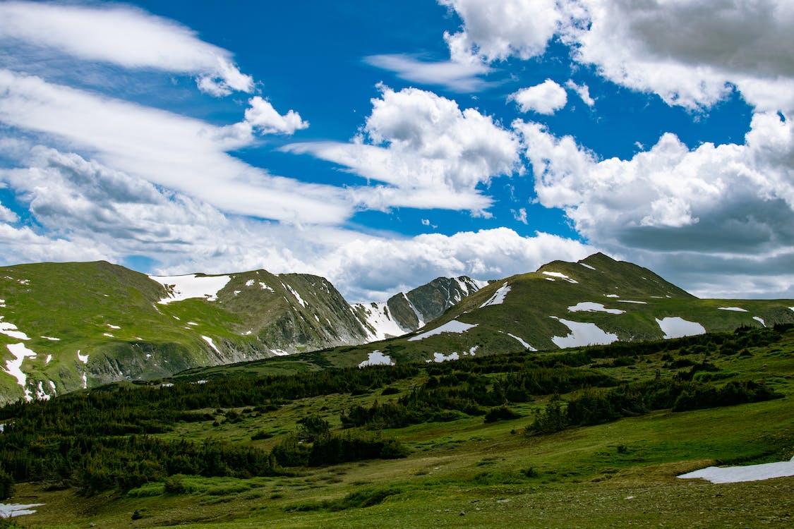 天性, 山, 山丘