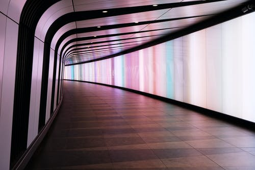 Immagine gratuita di architettura, città, contemporaneo, corridoio