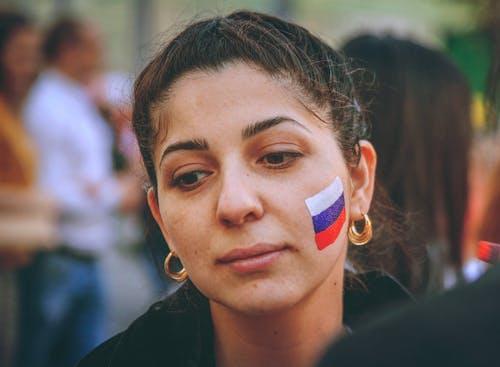 fifa2018, サッカーファン, ロシアの女の子, ロシアの旗の無料の写真素材