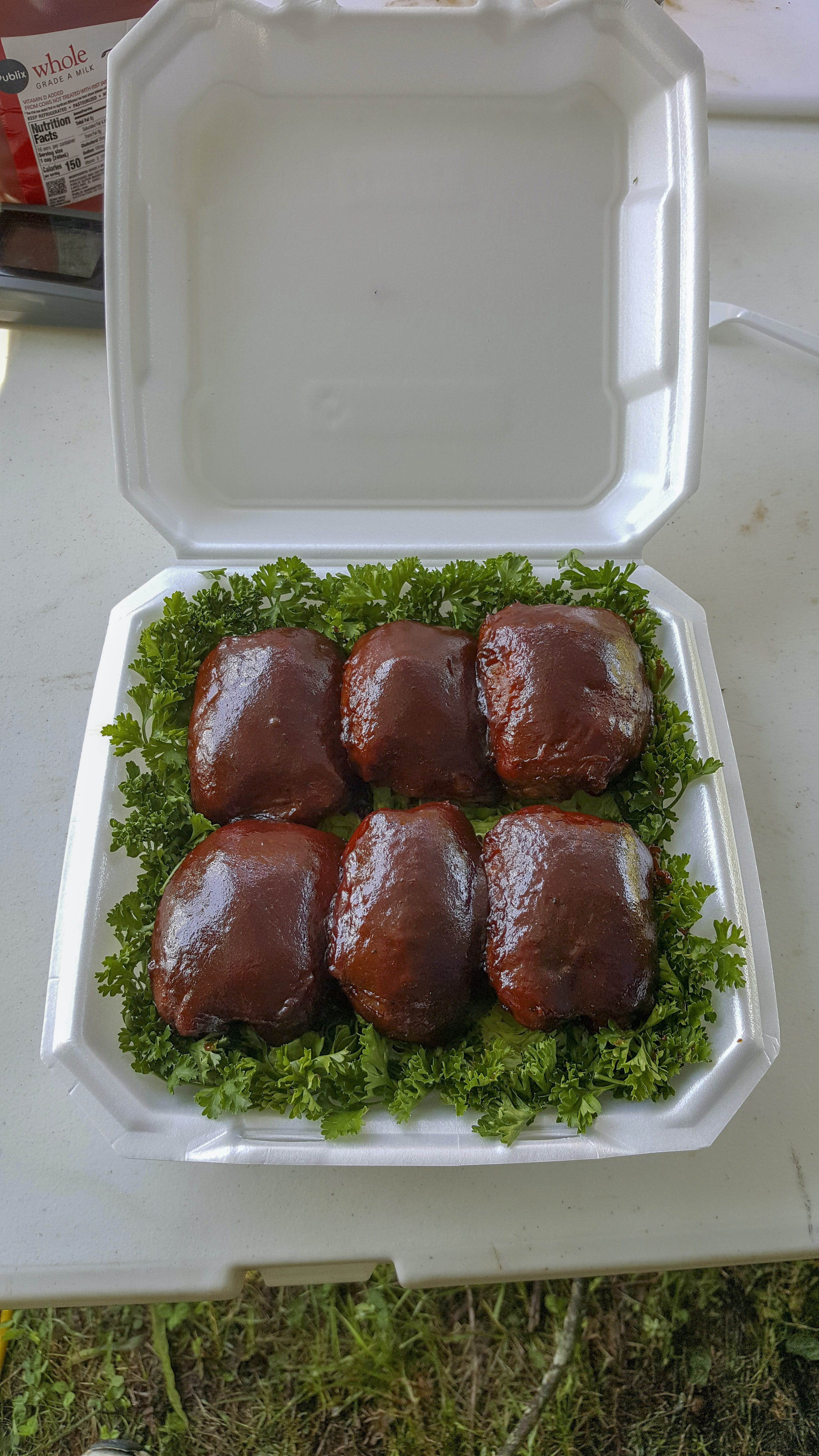 Free stock photo of bbq chicken, boxed chicken, competition chicken