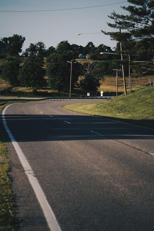 道路の無料の写真素材
