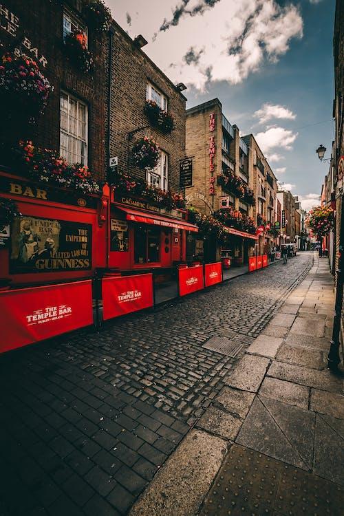 Безкоштовне стокове фото на тему «temple bar, Ірландія, архітектура, брущатий камінь»