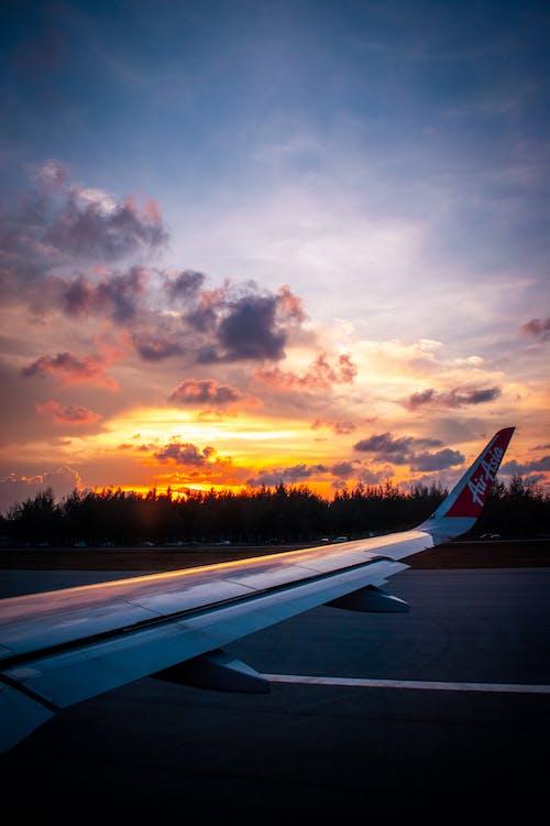 Foto profissional grátis de aeronave, asas, asas de avião, céu