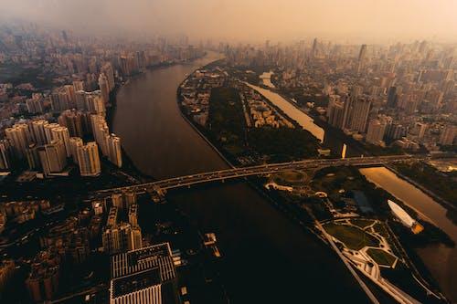 Ilmainen kuvapankkikuva tunnisteilla arkkitehtuuri, auringonlasku, ilta, kaupunki