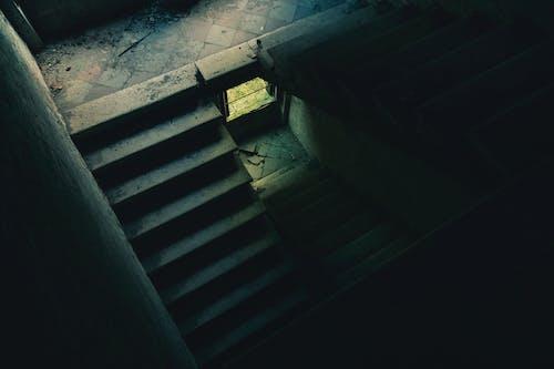 คลังภาพถ่ายฟรี ของ กลางวัน, คอนกรีต, ถูกทอดทิ้ง, บันได