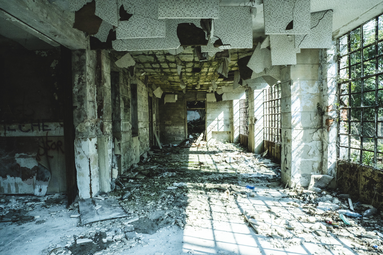 Foto stok gratis Arsitektur, bangunan, bangunan terlantar, bencana