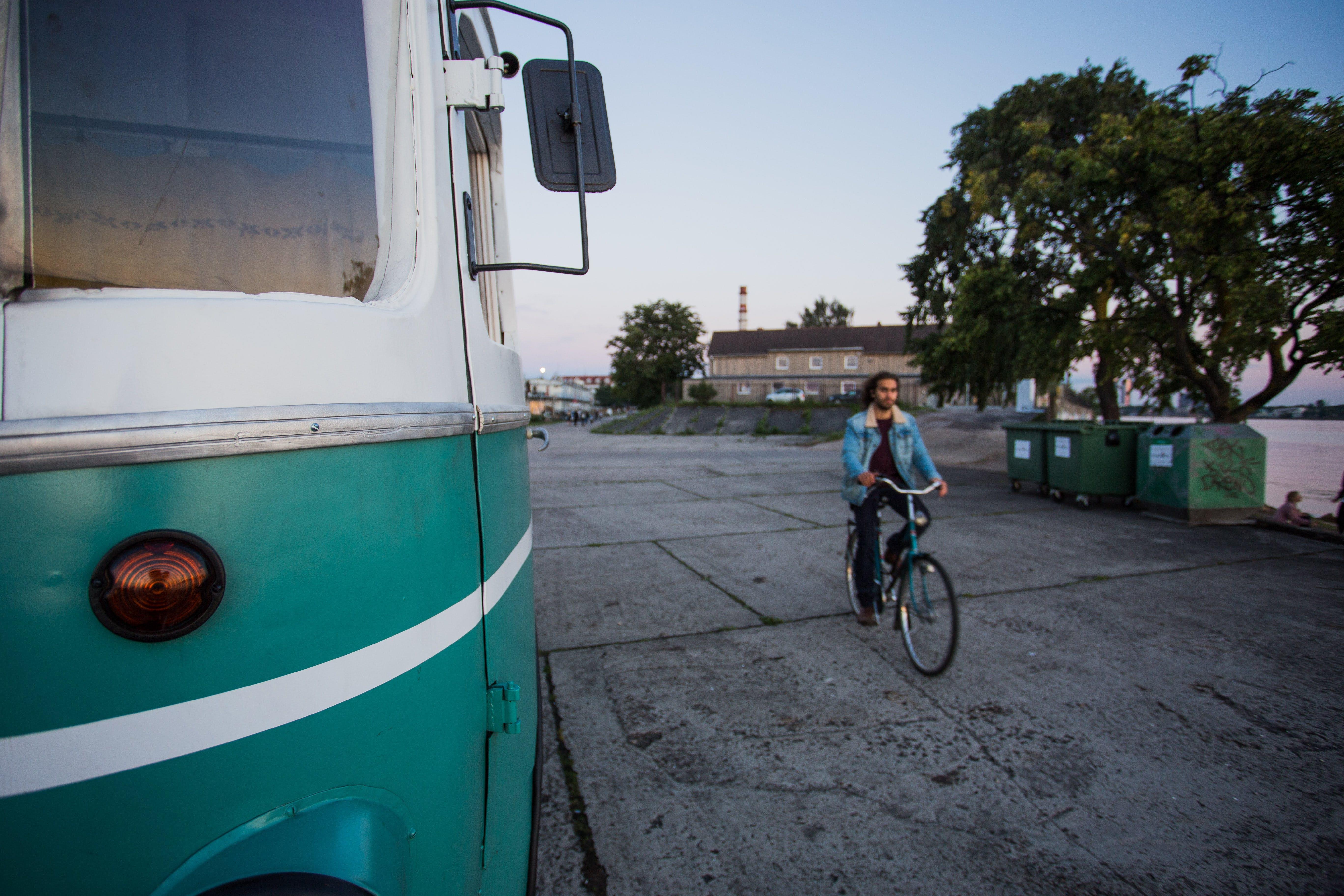 Kostnadsfri bild av asfalt, bil, dagsljus, gata