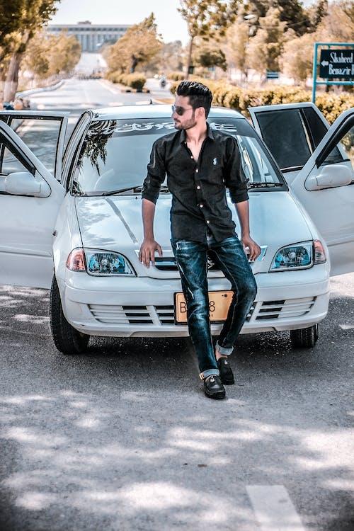 Základová fotografie zdarma na téma auto, brýle, černá