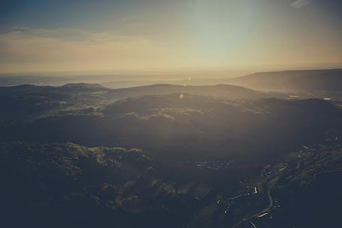 Gratis arkivbilde med daggry, dal, fjell, fugleperspektiv