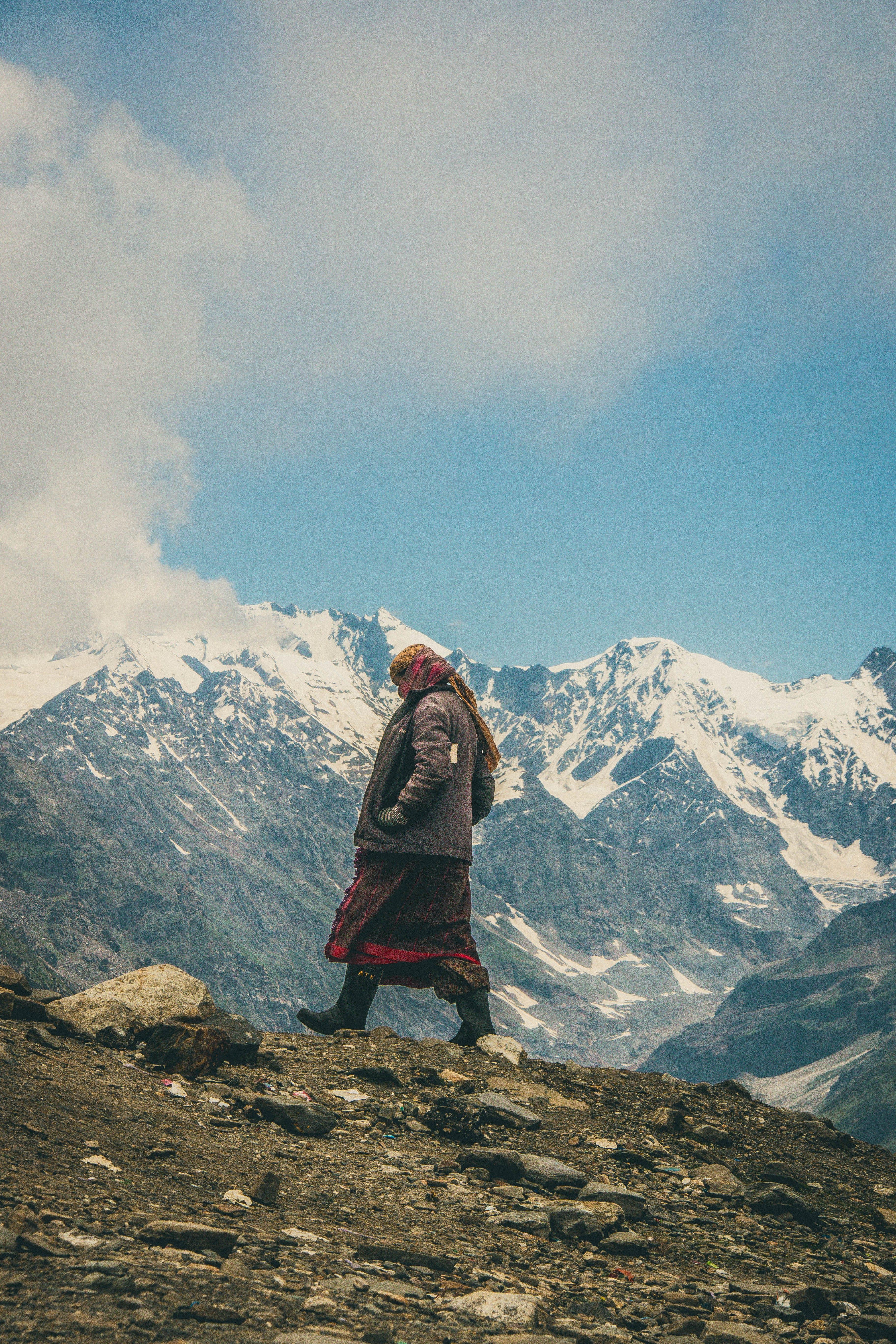 Gratis arkivbilde med dagslys, eventyr, fjelltopp, forkjølelse