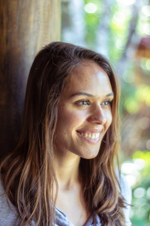 Fotobanka sbezplatnými fotkami na tému Brazílčanka, dievča, krásna žena, mladé dievča