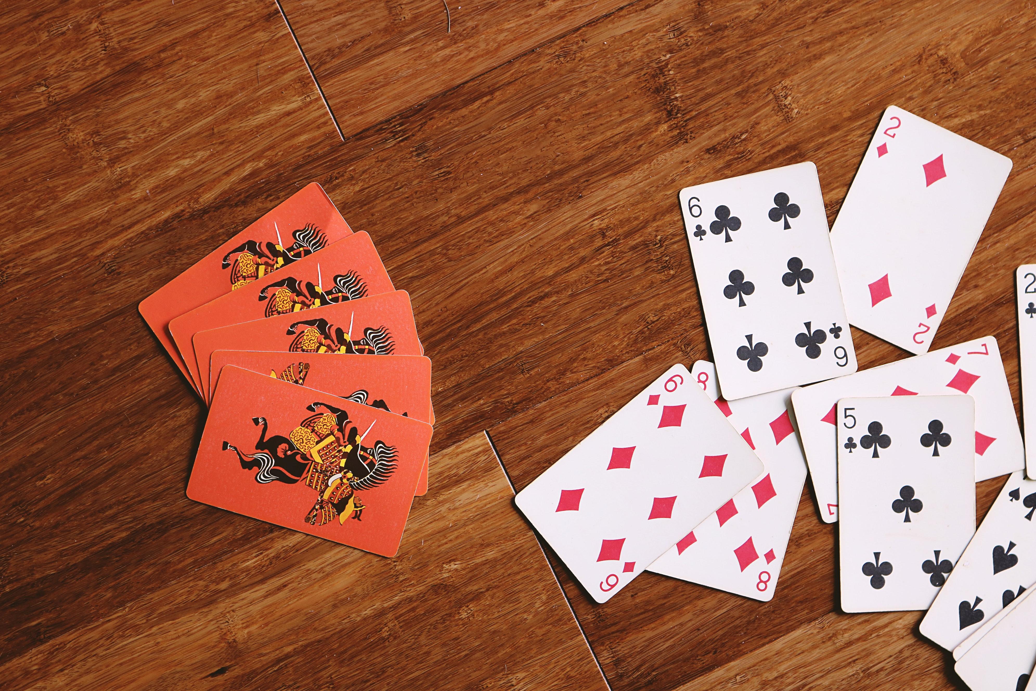 Темы играть бесплатно карты казино онлайне скачать