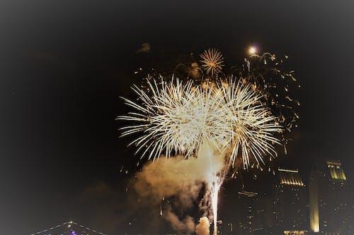 Fotos de stock gratuitas de Año nuevo, brillante, celebración, exhibición de fuegos artificiales
