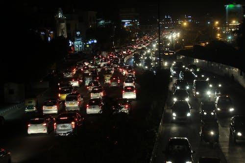 Бесплатное стоковое фото с автомобили, дорожная пробка, дорожное движение