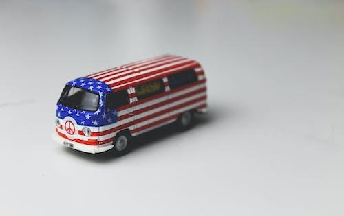 Kostenloses Stock Foto zu miniatur-spielzeug, spielzeugauto