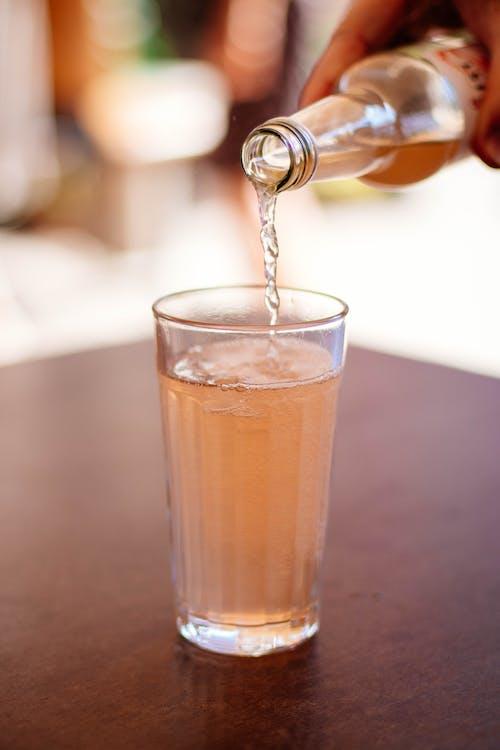 alkoholisches getränk, bier, flasche