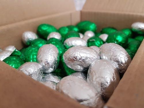 Aksesuarlar, boncuk, boş, çikolata içeren Ücretsiz stok fotoğraf