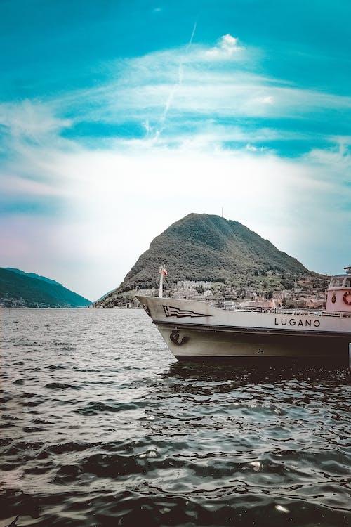 a l'aire lliure, aigua, barca