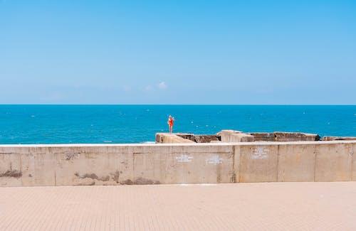คลังภาพถ่ายฟรี ของ กลางวัน, ขอบฟ้า, คน, ทะเล