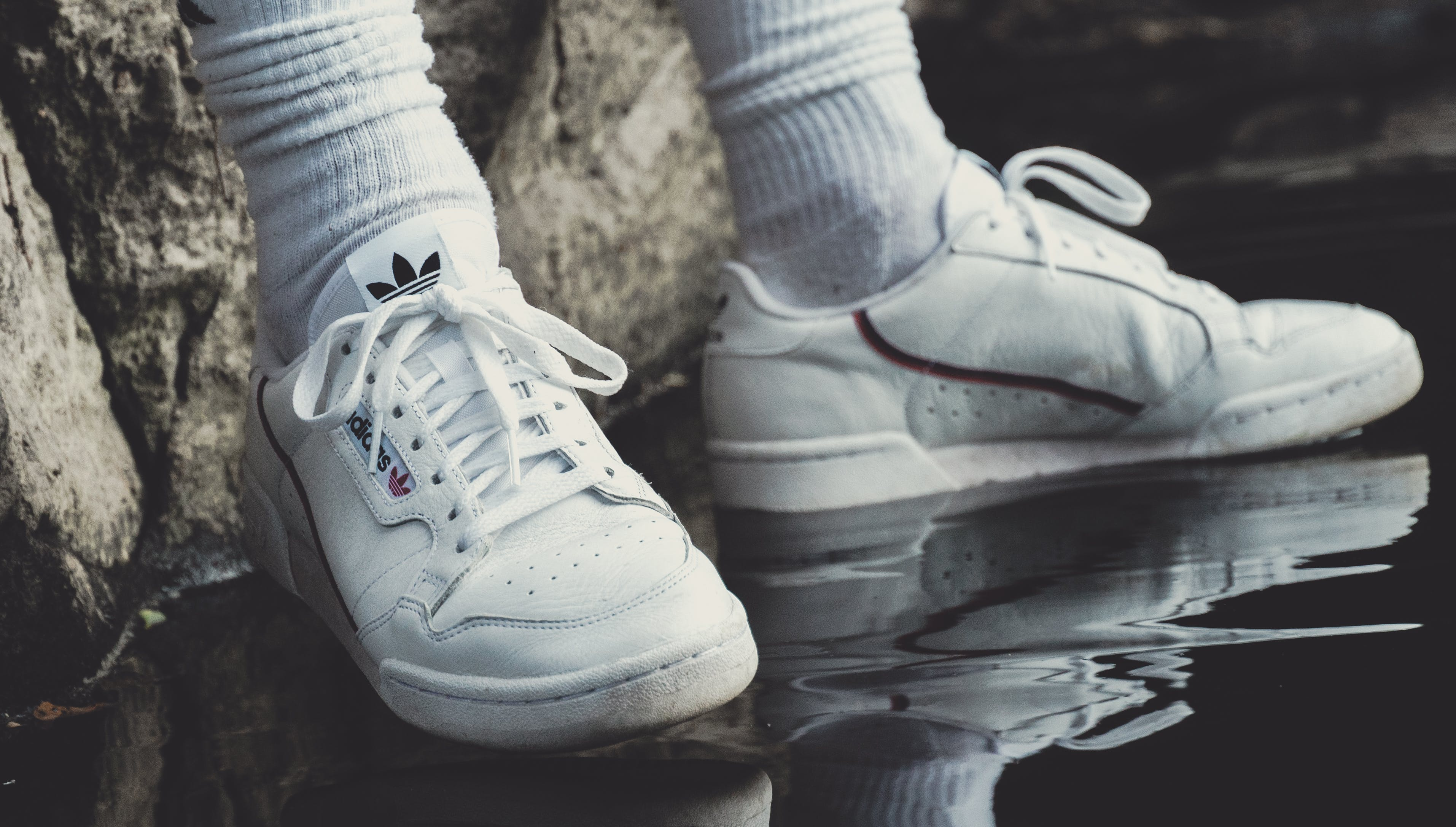 αθλητικά παπούτσια, κάλτσες, μόδα