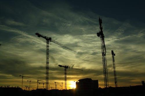 Δωρεάν στοκ φωτογραφιών με γερανίδες, εργοτάξιο, κατασκευάζω, κατασκευή