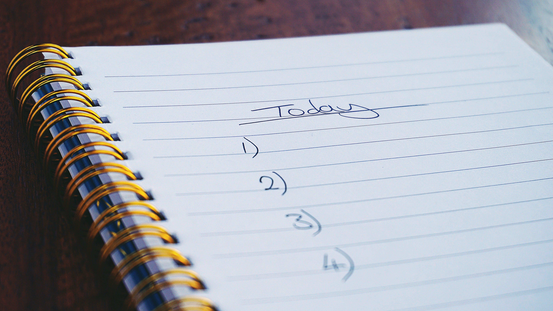 Kostenloses Stock Foto zu aufgabenliste, blatt, handschrift, heute