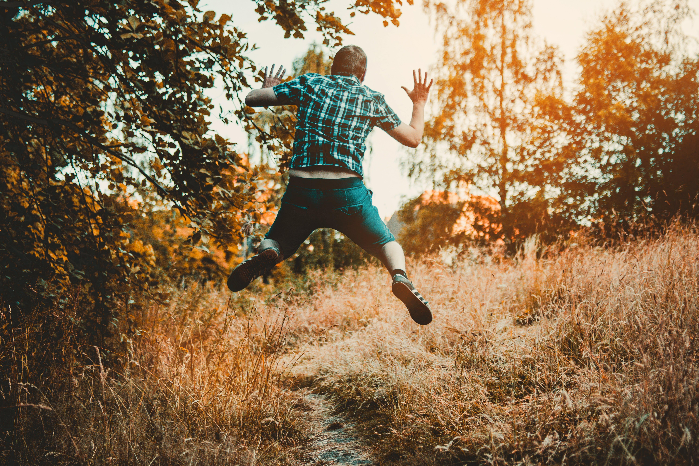 คลังภาพถ่ายฟรี ของ กระโดด, การกระโดด, คน, ความสุข